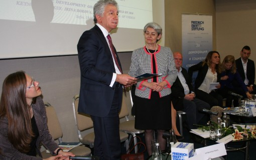 GCLN Bulgaria's Strategic Plan 2015+ on SDGs handed to Mrs. Bokova, UNESCO Director-General